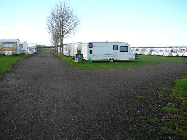 Summerhouse Caravan Storage in Hertfordshire