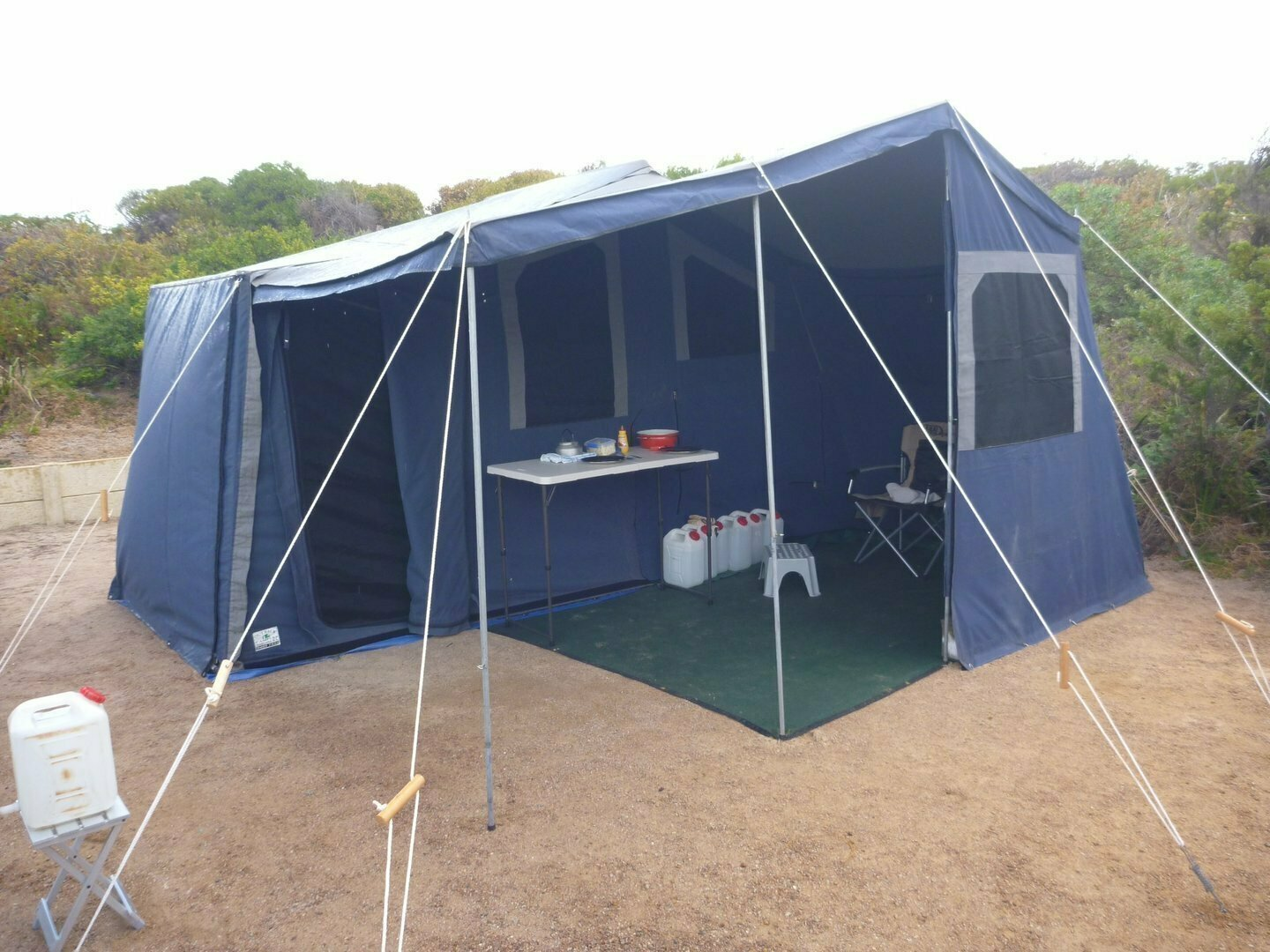 Soft-floor Camper Trailer for Hire in West Busselton WA from