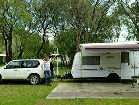 Bill&Mel Caravan