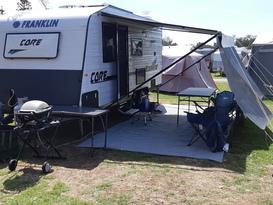 Frankie the family Caravan - 5 Berth
