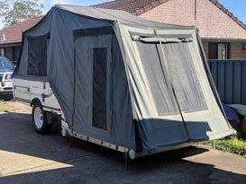 Cub Off-Grid Camper Trailer