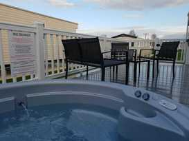 Morash Hot Tub Retreats Tattershall Lakes