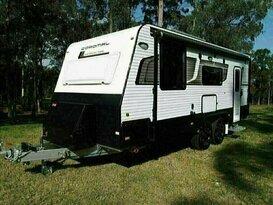 Coromal Element E636     Luxury  Family Caravan