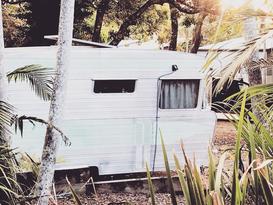 Hamptons Luxe - Renovated Vintage Caravan