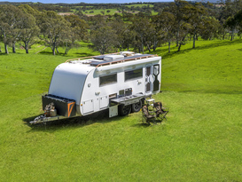 Extreme off road caravan ready to conquer any terrain - SLR Discoverer
