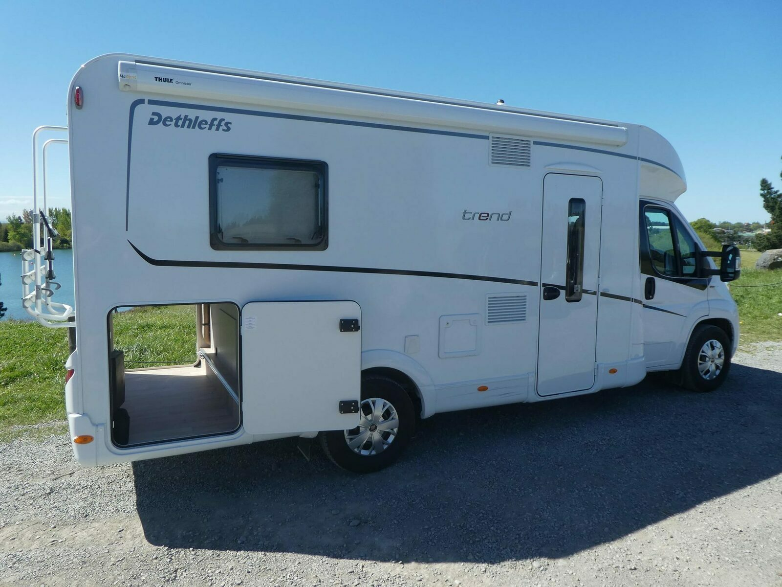 Wendy, 2018 Luxurious Motorhome - Cover Image