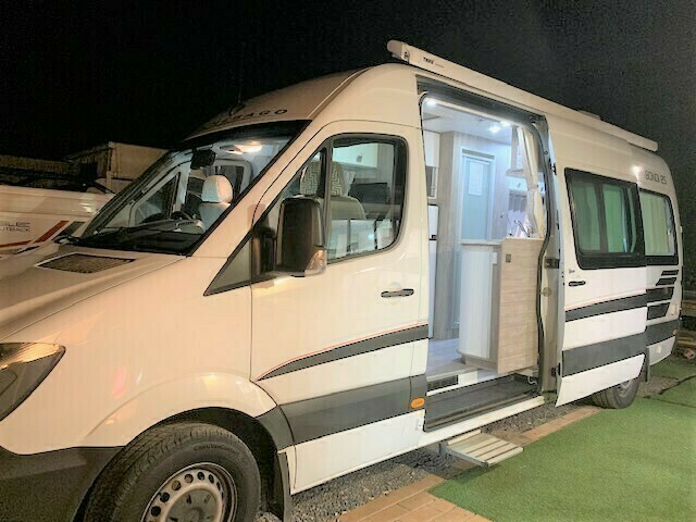 CURRENT SPECIAL - 5 Star COUPLES RETREAT Motorhome - Brisbane - Cover Image