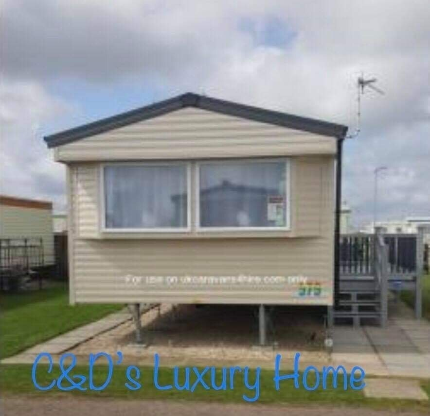 C & D's Luxury Home  - Cover Image