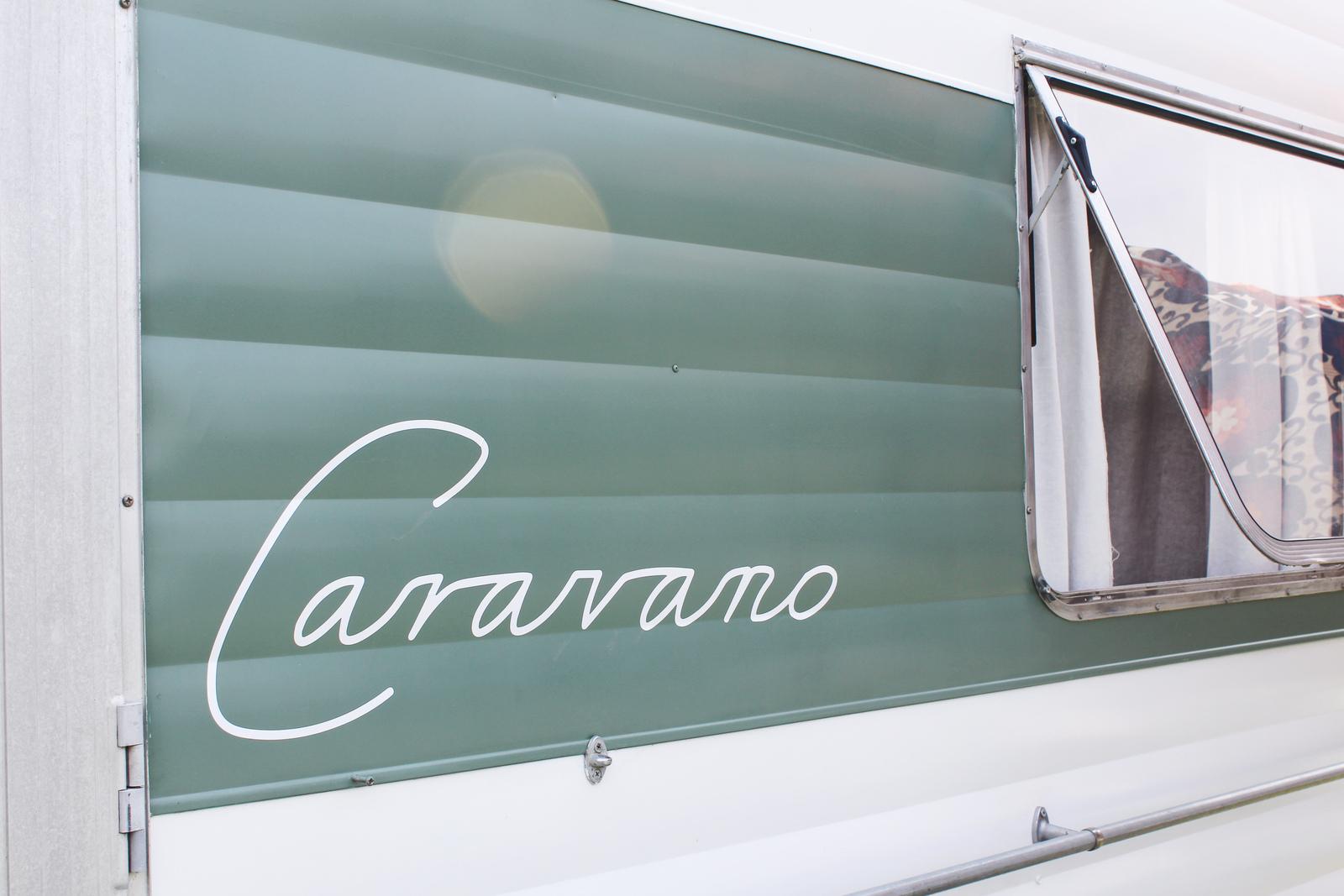 Caravano - Cover Image