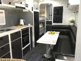 Relax in luxury caravan fully set up