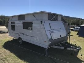 Cosy Coromal Family Bunk Van