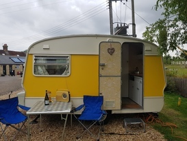Daisy the vintage caravan