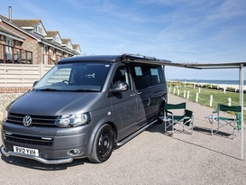 VW T5 Auto 4 berth pop-top LWB and 4motion (4wd)