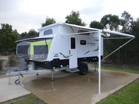 Family van with bunks- Jayco expanda outback 14.44