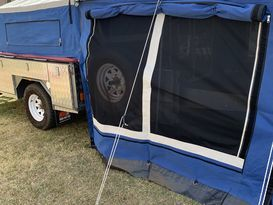 Somerset Camper Trailer Comfy 1