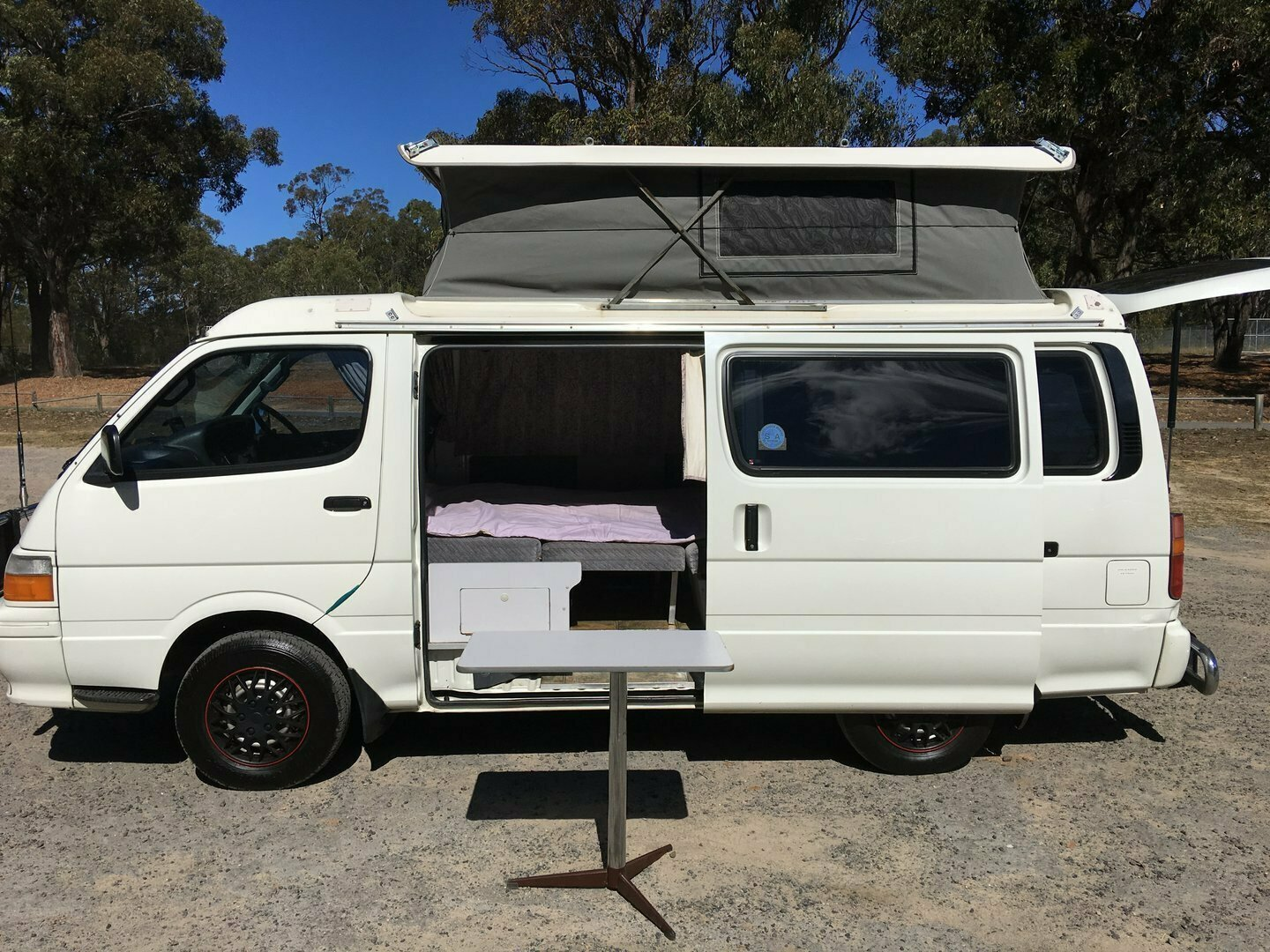 Henny 2 berth - Cover Image