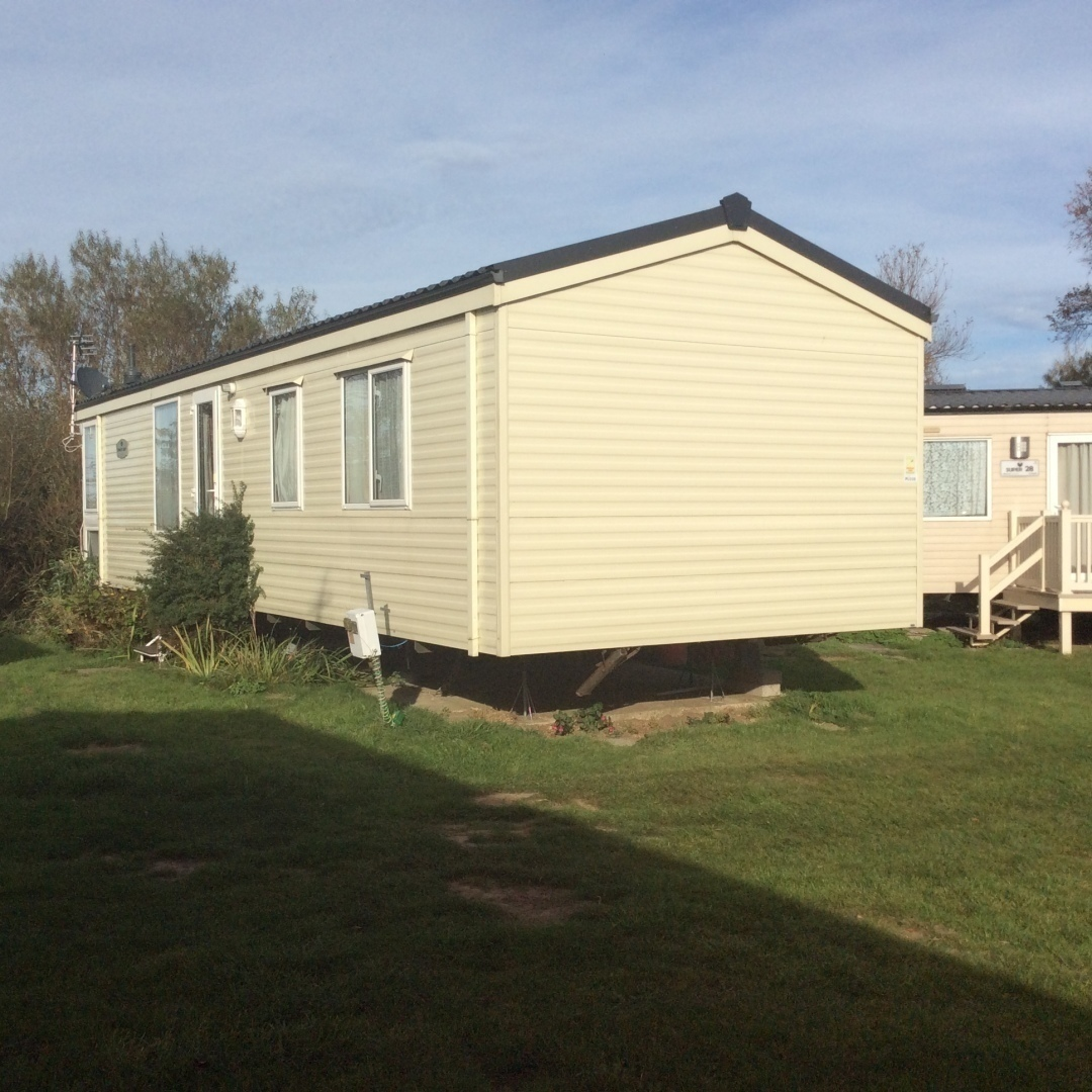 Lovely Mobile Home In Quiet Location at Edge of Site - Cover Image