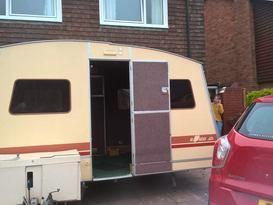 RAPIDO - Folding Caravan
