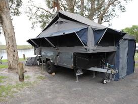 Camper Trailer - Lockie