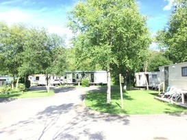Pet Friendly Original 3 Bedroom Caravan - Image #9