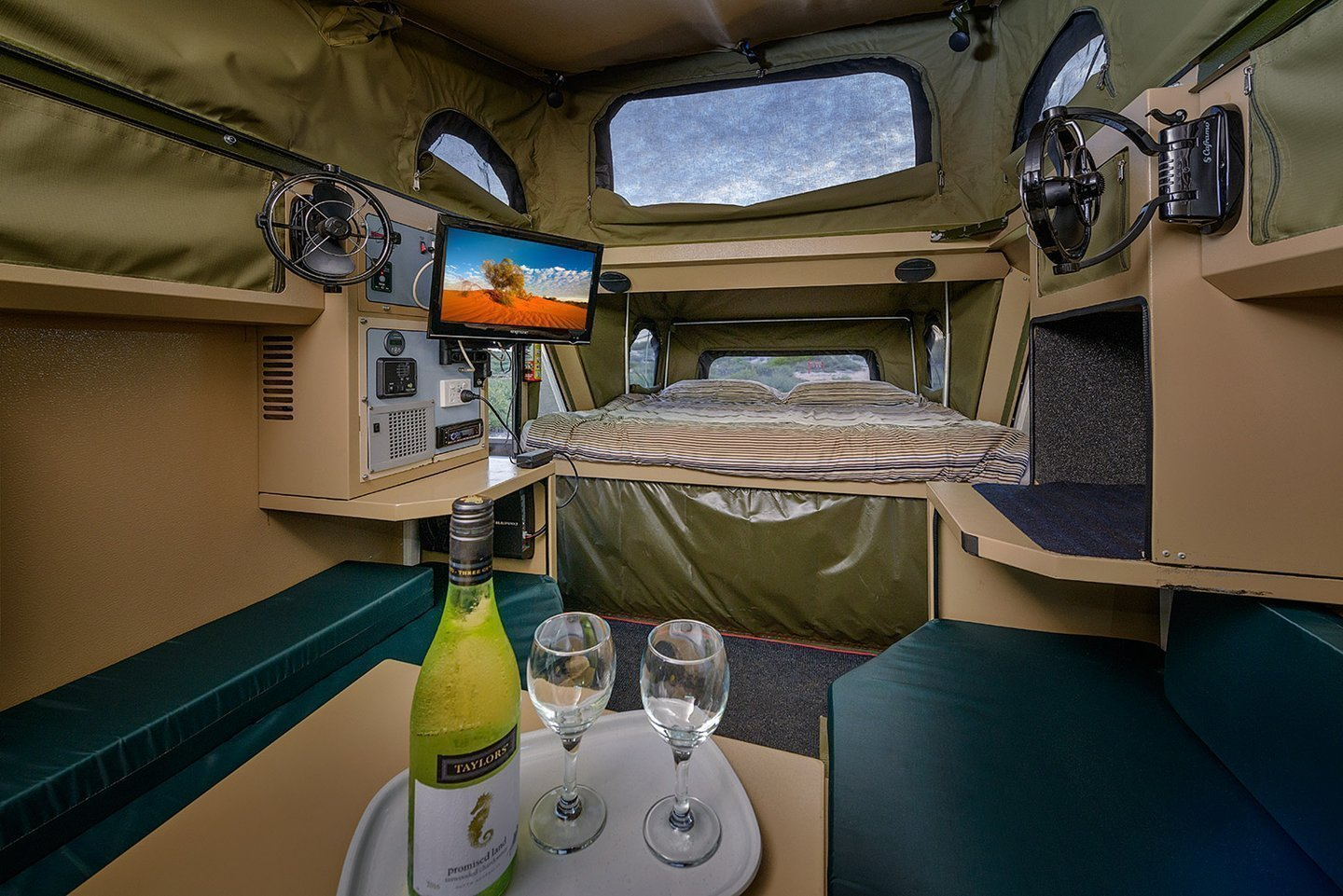 """Caravan for Hire in Exmouth WA from $105 0 """"Conqueror Experience"""