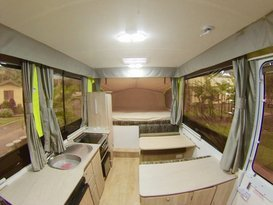 5 Star JAYCO SWAN #2 Outback Deluxe for Hire BRISBANE QLD - Image #1