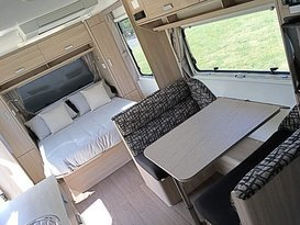 Jayco Starcraft Outback 22ft with AIR CON & GAS DUCTED HEATING - Image #4
