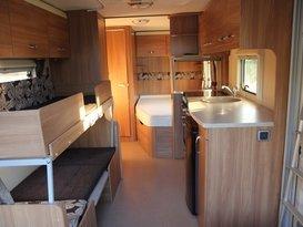 lightweight 6 berth van - Image #3