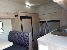 Easy to tow Jayco Expanda with bunks - Image #1