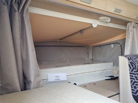 Easy to tow Jayco Expanda with bunks - Image #3
