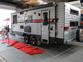 Fonzie-Luxury Family Bunk Caravan with Shower & Toilet  - Image #4