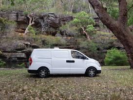 """Ned"" - Dubbo's Ultimate Luxury Campervan - Turbo Diesel Automatic - Image #6"
