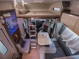 Ultimate VIP motohome  - Image #2