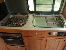 ByronCampers Luxury Winnebargo Motor Home - Image #10
