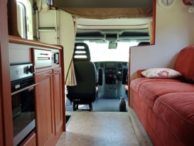 ByronCampers Luxury Winnebargo Motor Home - Image #12