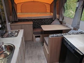 Jayco Swift -under 1200kg, easy to tow (annex available) - Image #3