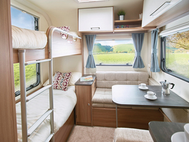 Aircon 6 berth caravan - Image #2