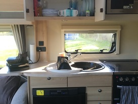 Luxury 'cottage on wheels' for up to 4 people, wherever you want it - Image #2