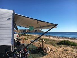 Cruze -free tow & setup* (near-new family van, shower & toilet, very light & easy self-tow) - Image #16