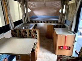 Daisy Dove - 5 berth, easy to tow, battery & solar, loaded with extras - Image #2