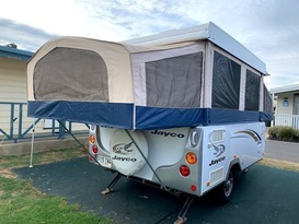 Daisy Dove - 5 berth, easy to tow, battery & solar, loaded with extras - Image #13