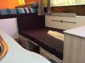 5 Star JAYCO SWAN #2 Outback Deluxe for Hire BRISBANE QLD - Image #6