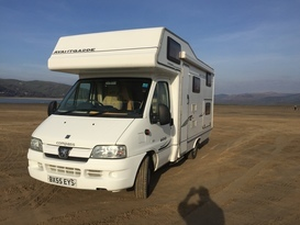 6 Berth Motorhome - Ideal For Families or Couples - Image #14