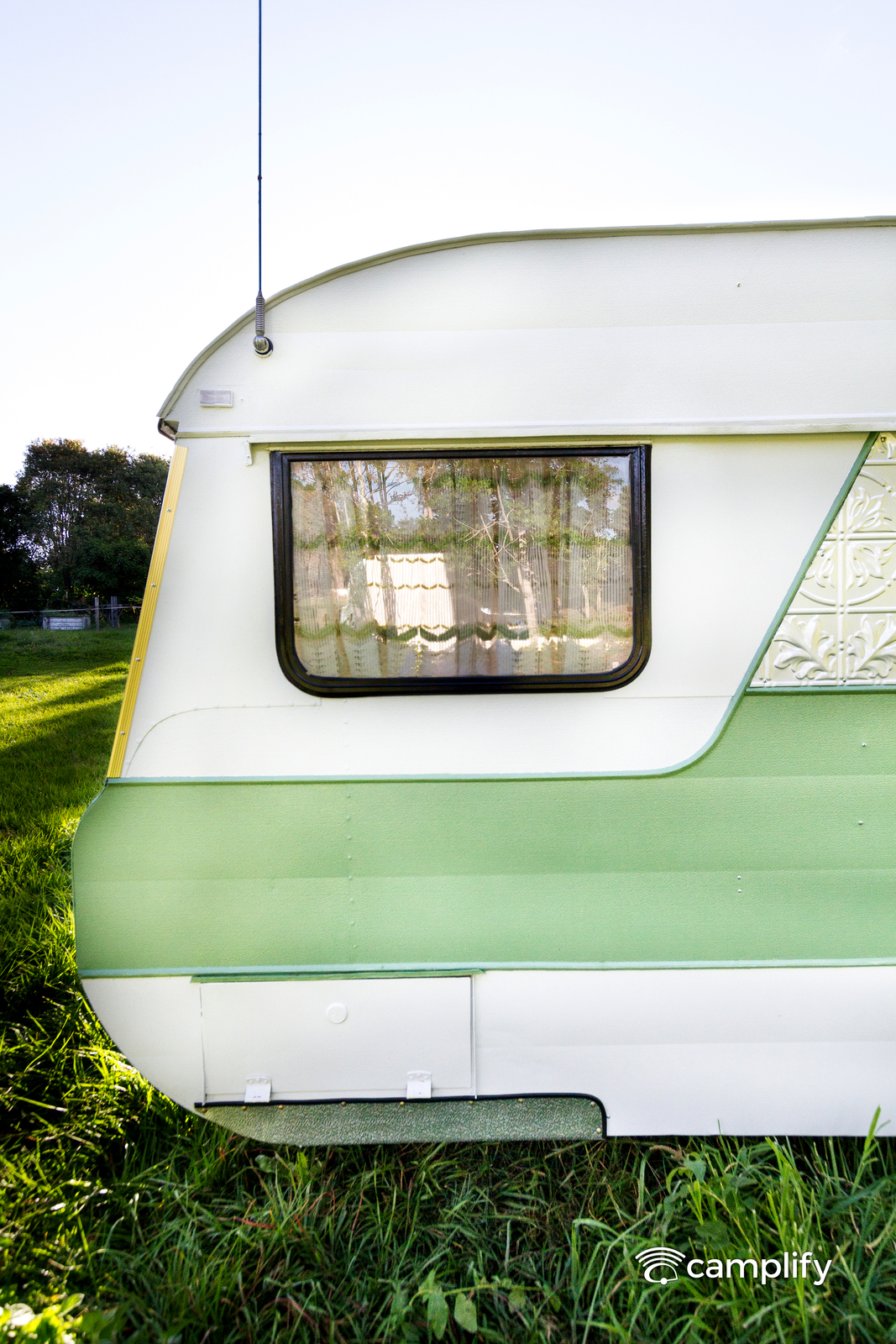 """Caravan for Hire in Samford Valley QLD from $70 0 """"Emerald"""