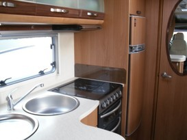 Luxury 2 berth Motorhome - Image #11