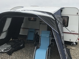 Lovely 5 berth Caravan - Image #2