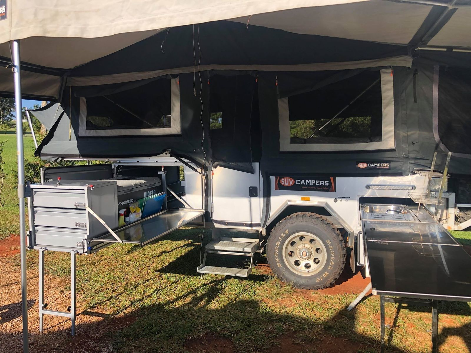 Hard-floor Camper Trailer for Hire in Peeramon QLD from