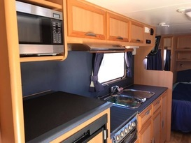 Oakabella Family Caravan, Sleeps 4, Coral Coast, Geraldton, Kalbarri - Image #4