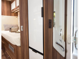 George - Beautiful all inclusive, fully equipped brand new motor home. No extras or hidden costs. - Image #4