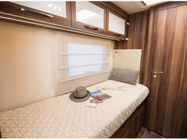 George - Beautiful all inclusive, fully equipped brand new motor home. No extras or hidden costs. - Image #5